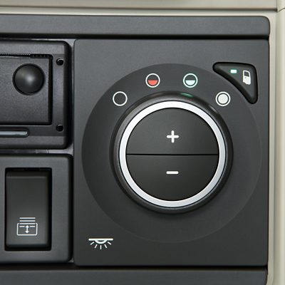 Volvo FH climate control on the dashboard