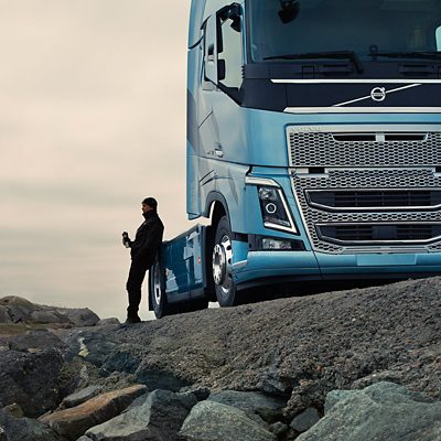 Volvo FH16 driver alert support