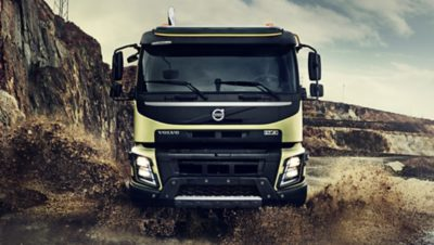 Volvo FMX five axles front puddle