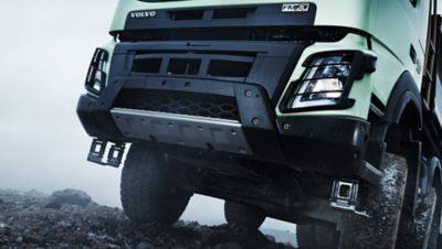 Volvo FMX exterior front