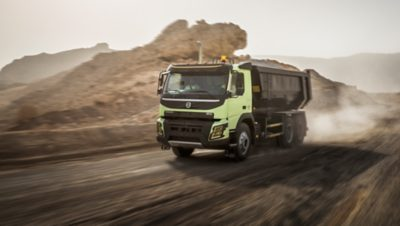 Volvo FMX dynamic steering hilly road