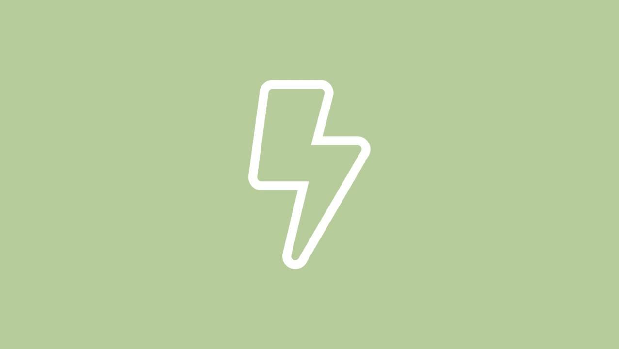 Witte afbeelding van een bliksemschicht die Volvo Electromobility voorstelt