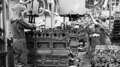 The Skövde factory produced its first engine in 1907