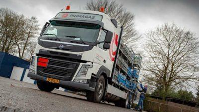 De Volvo FM LNG-bakwagens van Jongeneel beschikken over 420 pk.