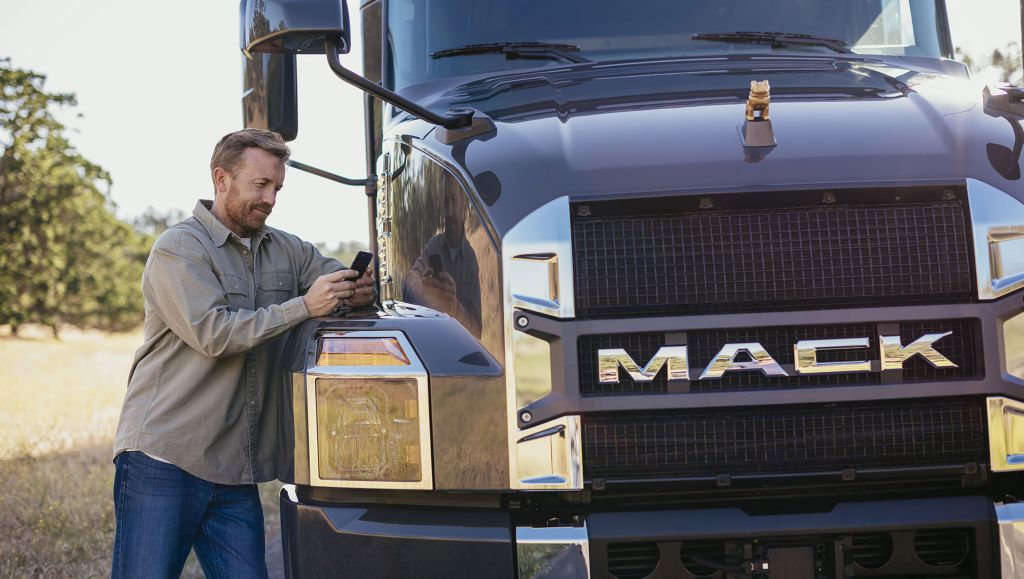 Mack Trucks announced today that Mack Financial Services (MFS) is working with REIN, a leading insurtech company, to pilot a new integrated insurance service on a digital platform providing an easier, more competitive and quicker insurance experience for Mack customers.