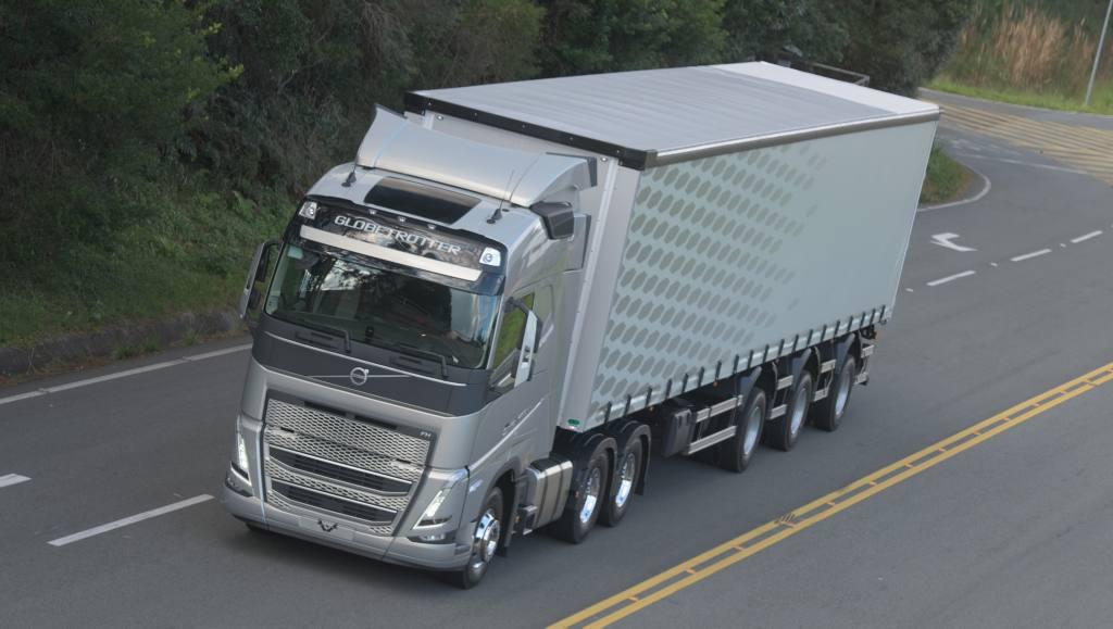 Novo Volvo FMX MAX tem mais capacidade de carga para mineração e construção