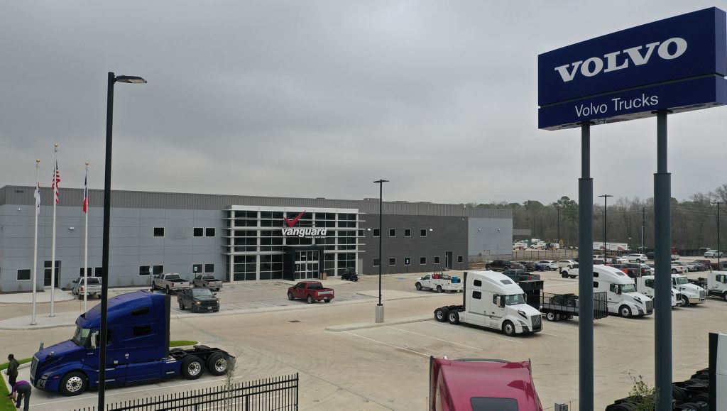 Volvo Trucks North America dealer Vanguard Truck Centers recently opened a new flagship location in Houston, Texas.