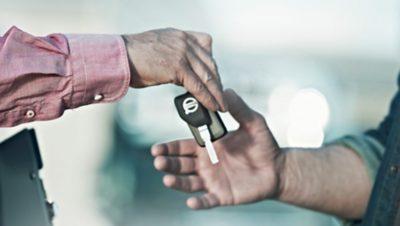 Volvo trucks buying key