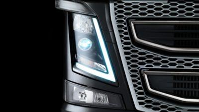 Volvo FH safety lightning studio