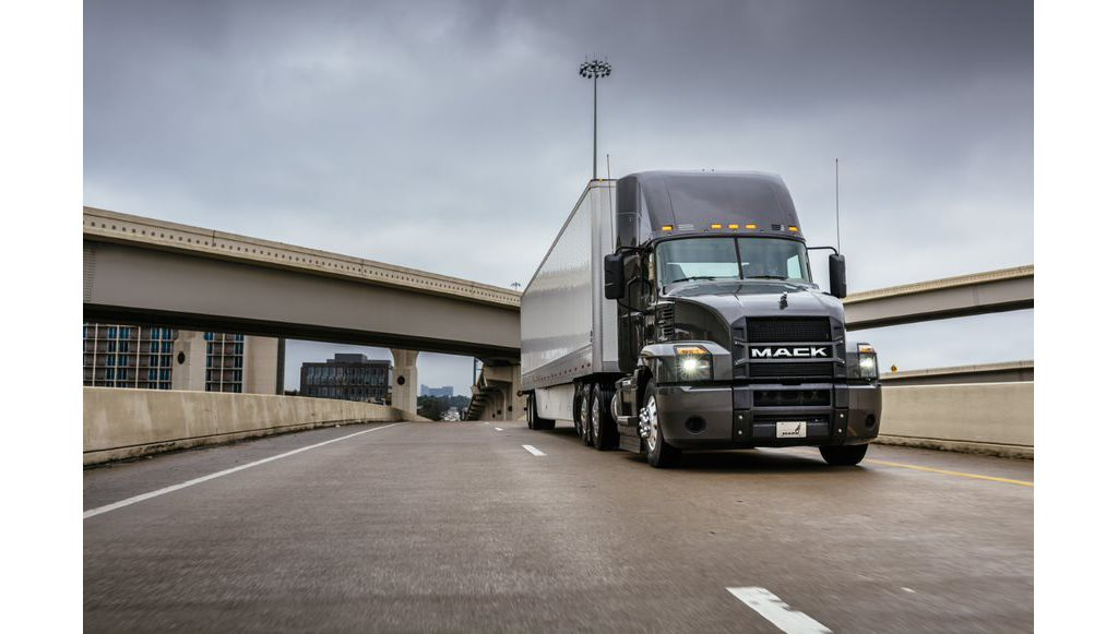 Mack Anthem® to Take Center Stage at National Private Truck Council Annual Meeting