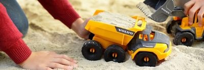 La colaboración es fundamental para el progreso cuando se trata de seguridad vial. Volvo Group está involucrado en muchas asociaciones.