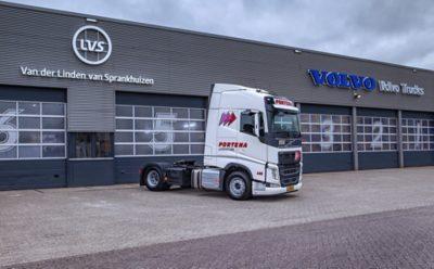 nieuwe Volvo FH-LNG voor Portena in Heerenveen.