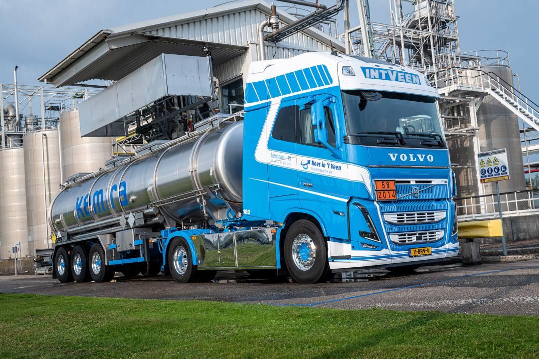 Bijzondere Volvo FH16 Globetrotter XXL voor Kees in 't Veen Tanktransporten