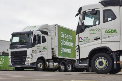 Asda is taking delivery of 202 Volvo FH LNG tractor units in the run-up to Christmas peak trading.