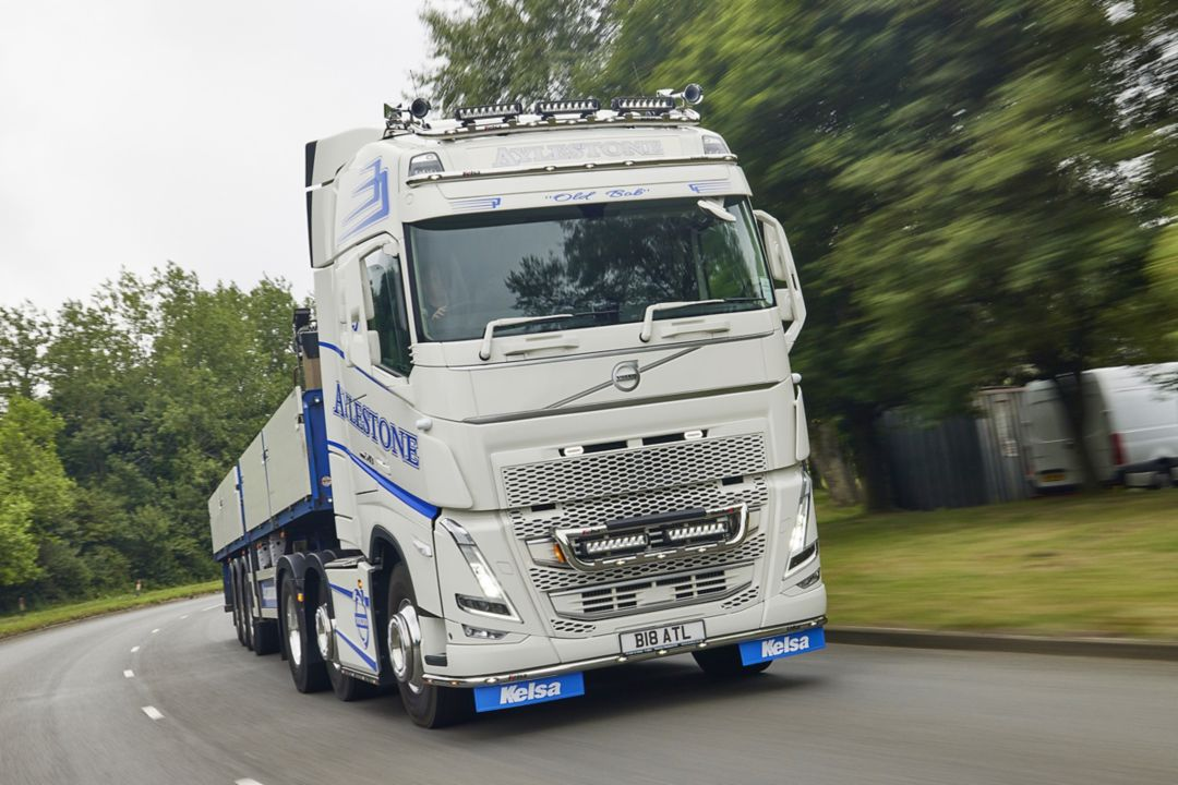 Giant specification for Aylestone Transport's new Volvo FH 540