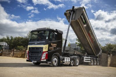 Elliotts (Cheltenham) is getting superb payload results from its new Volvo FH Lite