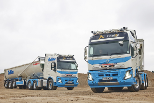 Volvo FMX - Collins Earthworks
