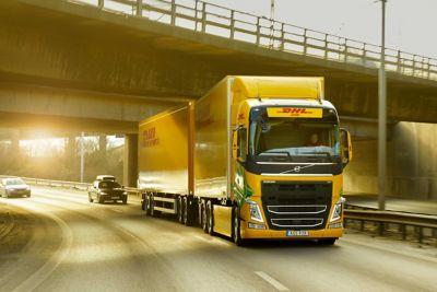 DHL Freight et Volvo Trucks ont lancé un projet axé sur les transports lourds à longue distance.