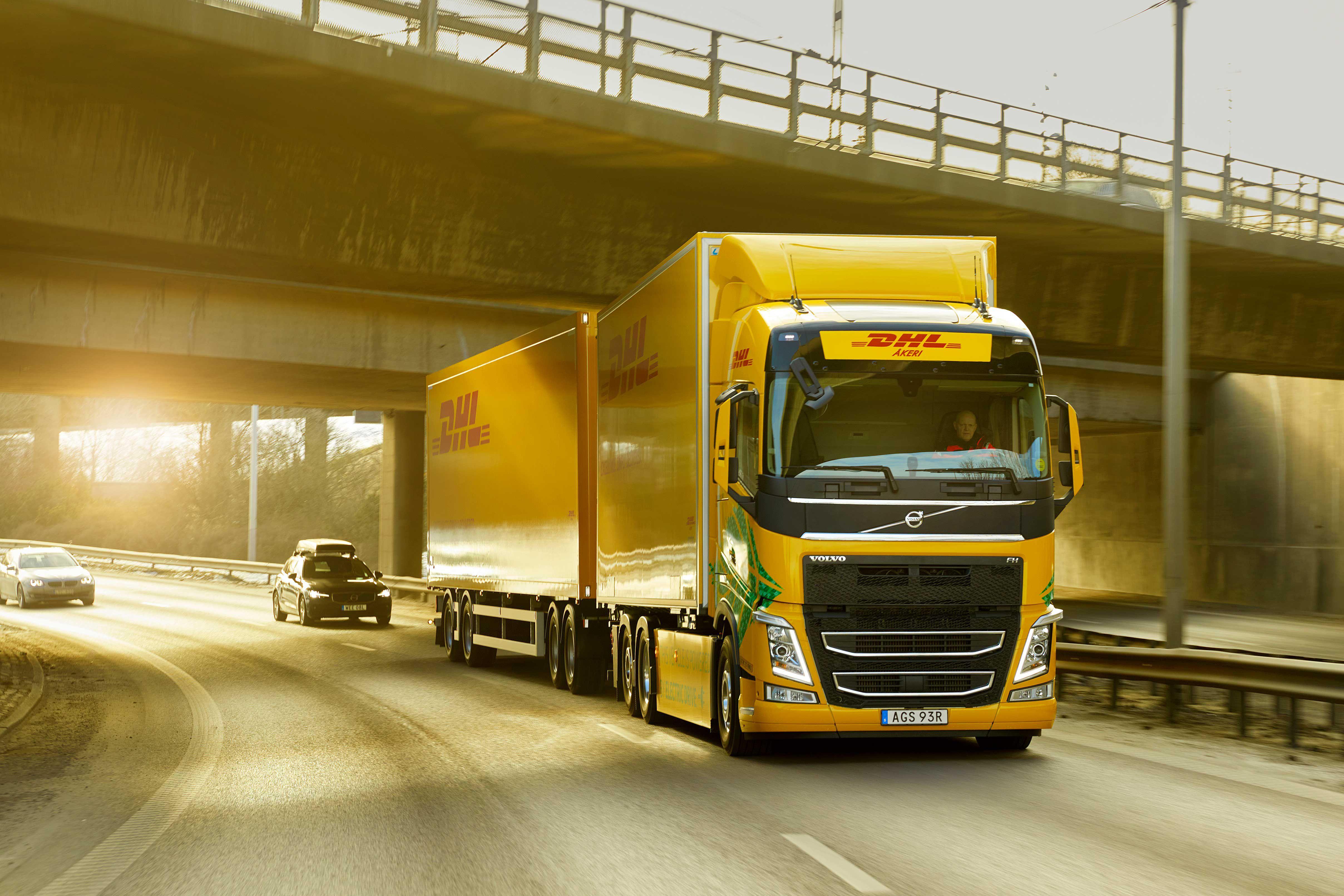 DHL Freight og Volvo Trucks går sammen for å fremskynde overgangen til fossilfri veitransport over lengre avstander