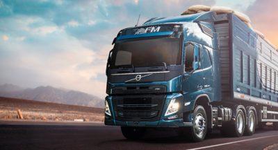 Explore las características que hacen que el Volvo FM se adapte a sus desafíos.