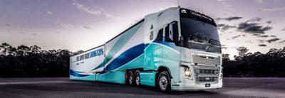 Super camion de carburant Volvo Trucks