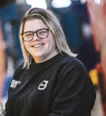 Gabriella Evenfjäll, lastbilsmekaniker på Wist Last & Buss i Östersund