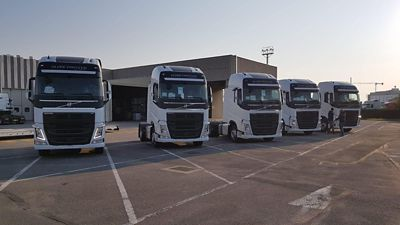 Un bilancio in attivo per i primi cinque veicoli Volvo Trucks a LNG di Luciano Trasporti: meno costi, meno emissioni e nessun limite di utilizzo.