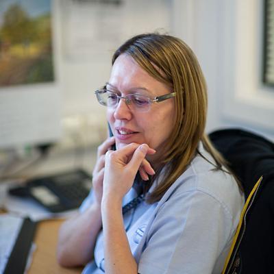 Linda Carter - Customer Service Advisor