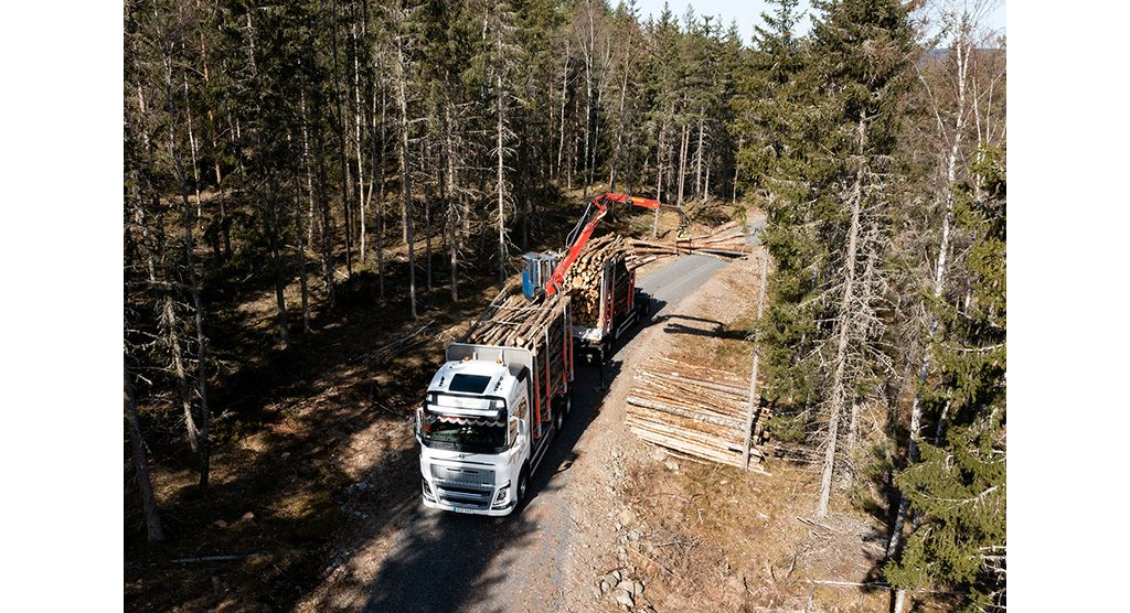 Volvo FH16 timmerbil