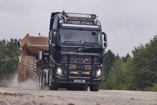 Volvo FH16 750 - Paul Chapman & Sons