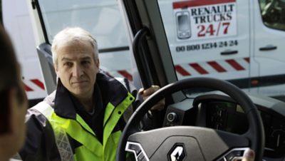 Renault Trucks 24/7: NON-STOP ASSISTANCE
