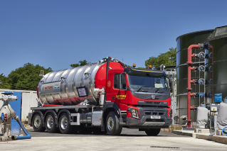 Volvo FMX - Suttons Tankers