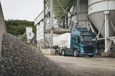 Volvo FH lightweight truck below 7,000 kg