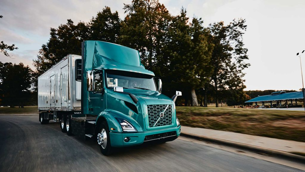 Volvo VNR Electric customers can now take advantage of dozens of funding and incentive programs across North America.
