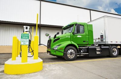 A Manhattan Beer Distributors Volvo VNR Electric charges up at the company's distribution warehouse in the Bronx, New York.