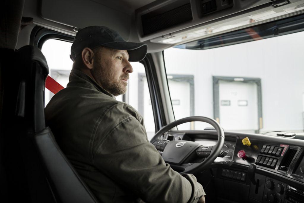 Volvo-Trucks-Bendix-Driver-Facing-Camera