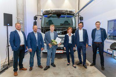 Storemen Logistics Oy:n Suomen ensimmäinen Volvo-sähkökuorma-auto luovutettiin käyttöön Volvo Truck Centerillä perjantaina 27. elokuuta, 2021.
