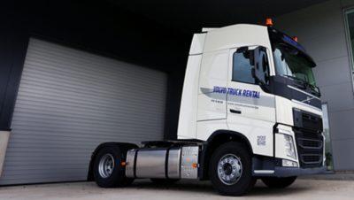 Louez un tracteur Volvo