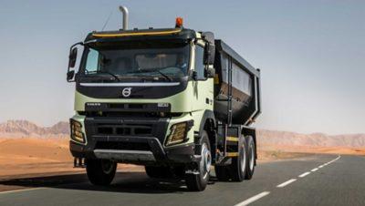 Volvo FH crawler gear on road