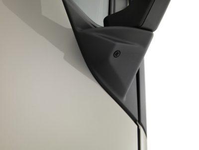 Veiligheidsvoorzieningen zoals dodehoekcamera's zorgen voor extra veiligheid.