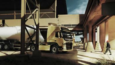 Volvo FM dynamic steering white tank