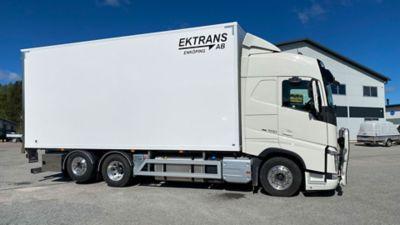 En av Ek Trans lastbilar med I-save.
