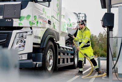 Volvo Trucks Electromobiity 2020