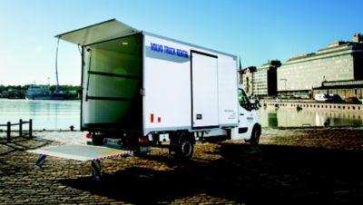 Vuokraa pakettiauto