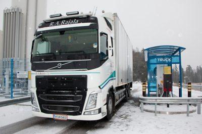 Kuljetusliike R.A. Rajala Oy on liikennöinyt kahden vuoden ajan Volvo FH 460 LNG -autolla. Kokemukset ovat myönteisiä, ja polttoainetalous on ollut odotettuakin parempi.