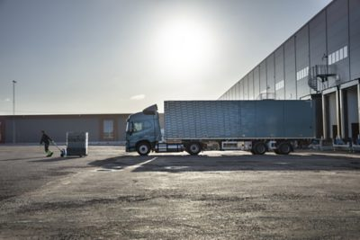 Volvo FM LNG kuorma-auto