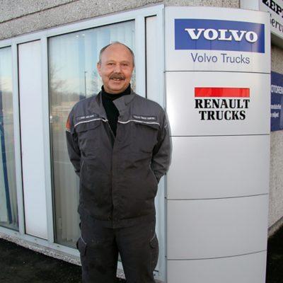 Mekaniker hos Volvo Truck Center Randers
