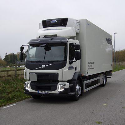 Volvo FLH 4x2 Skåpbil med frys och baklyft