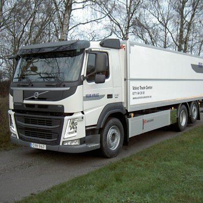 Renault Master. Lätt lastbil med skåp och baklyft