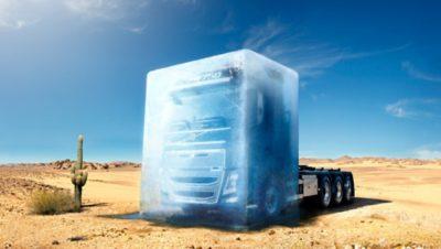 Volvo FH16 unter Eispanzer in der Wüste